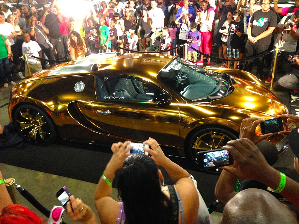 Bugatti-Veyron-FloRida-GoldChrome